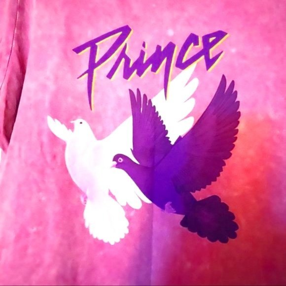 prince // purple doves // music graphic band tee M